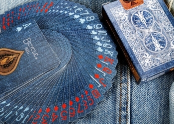 Bicycle Denim Playing Cards: l'intramontabile mazzo stile Blue Jeans